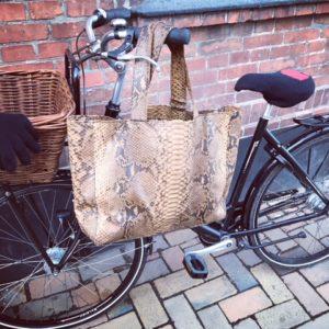 kundalini big shopper bag python skind - cognac på cykel